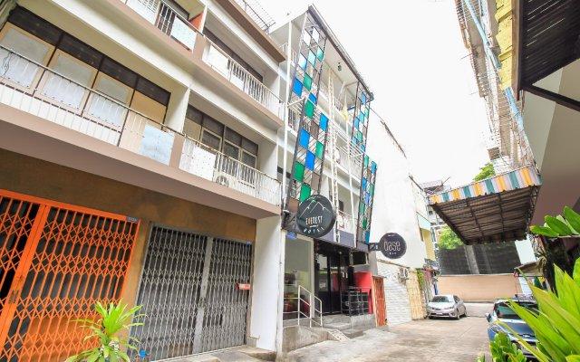 Отель Everest Boutique Бангкок вид на фасад