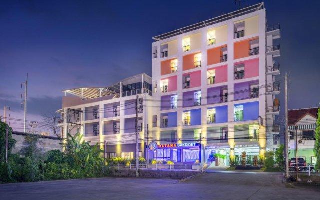 Отель Rattana Residence Sakdidet вид на фасад