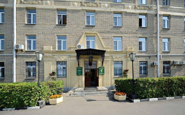 Гостиница Ярославская вид на фасад