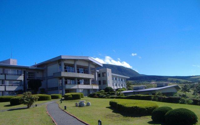 Отель San Ai Kogen Япония, Минамиогуни - отзывы, цены и фото номеров - забронировать отель San Ai Kogen онлайн вид на фасад