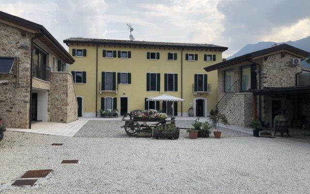 Отель Agriturismo Tre Forti Риволи-Веронезе вид на фасад