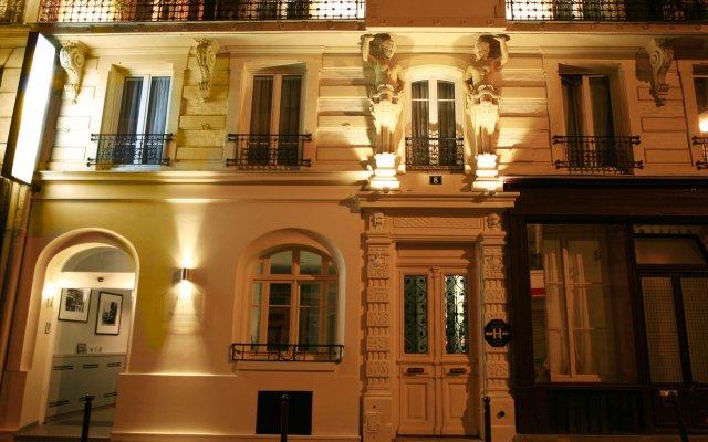 Hotel de Nemours вид на фасад