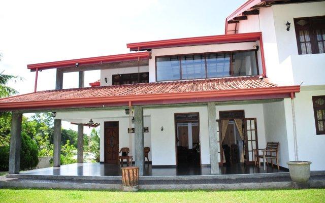 Отель Villa 42 by Tree вид на фасад