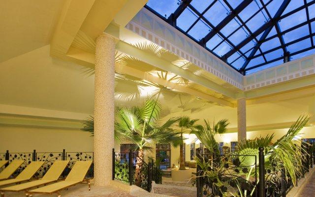 Отель Club Grand Aqua - All Inclusive вид на фасад