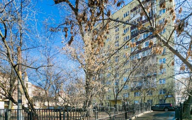 Гостиница on Peschanaya 6 в Москве отзывы, цены и фото номеров - забронировать гостиницу on Peschanaya 6 онлайн Москва вид на фасад