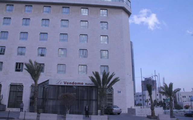 Le Vendome Hotel вид на фасад