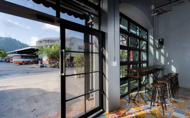 Отель bloo Hostel Таиланд, Пхукет - отзывы, цены и фото номеров - забронировать отель bloo Hostel онлайн вид на фасад