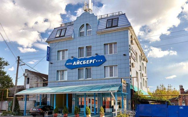 Гостиница Айсберг в Краснодаре отзывы, цены и фото номеров - забронировать гостиницу Айсберг онлайн Краснодар вид на фасад