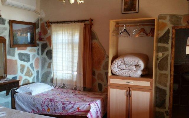 Selenes Pansiyon Турция, Алтинкум - отзывы, цены и фото номеров - забронировать отель Selenes Pansiyon онлайн комната для гостей