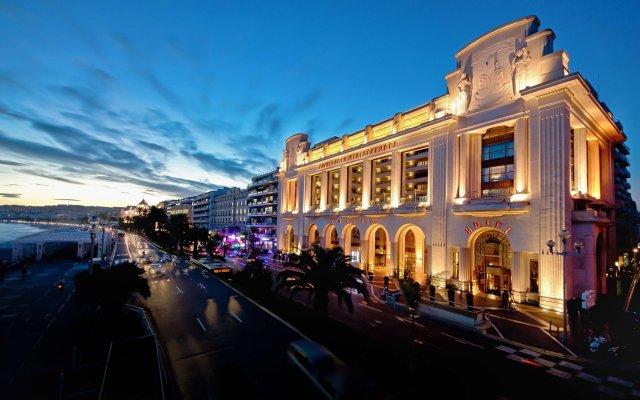 Отель Hyatt Regency Nice Palais De La Mediterranee Ницца вид на фасад