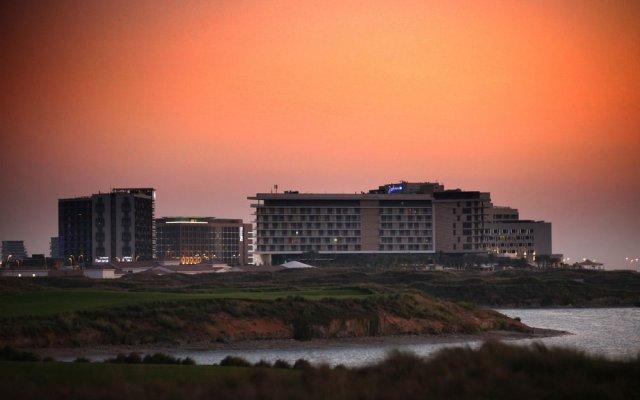 Radisson Blu Hotel, Abu Dhabi Yas Island 0