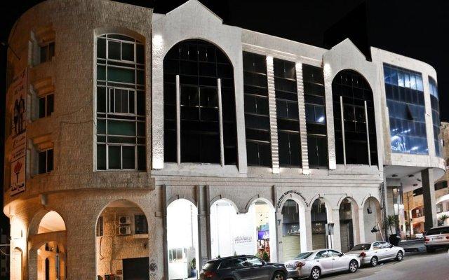 Отель Khuttar Apartments Иордания, Амман - отзывы, цены и фото номеров - забронировать отель Khuttar Apartments онлайн вид на фасад