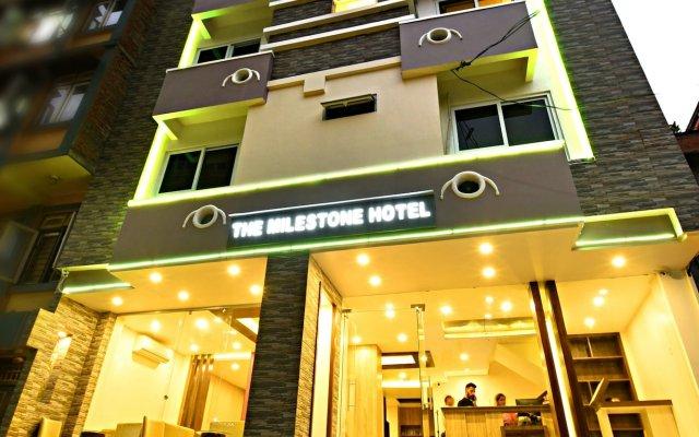 Отель The Milestone Hotel Непал, Катманду - отзывы, цены и фото номеров - забронировать отель The Milestone Hotel онлайн вид на фасад