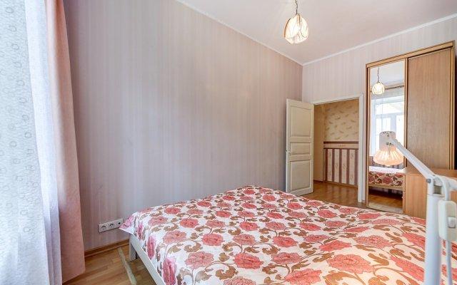 Апартаменты FlatStar Karavannaya 7A Apartments Санкт-Петербург