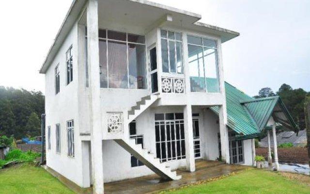 Отель Moonplains Hemaya Bungalow вид на фасад