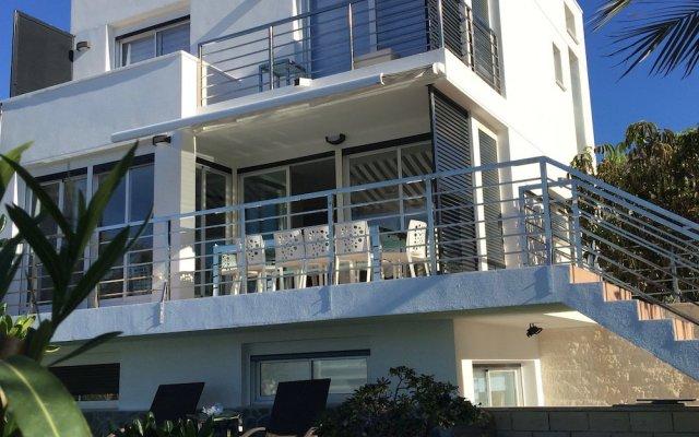 Отель Villa Benidorm вид на фасад