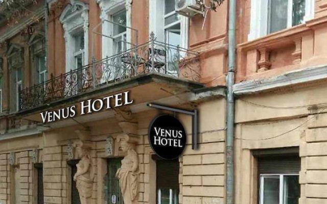 Venus Hotel вид на фасад