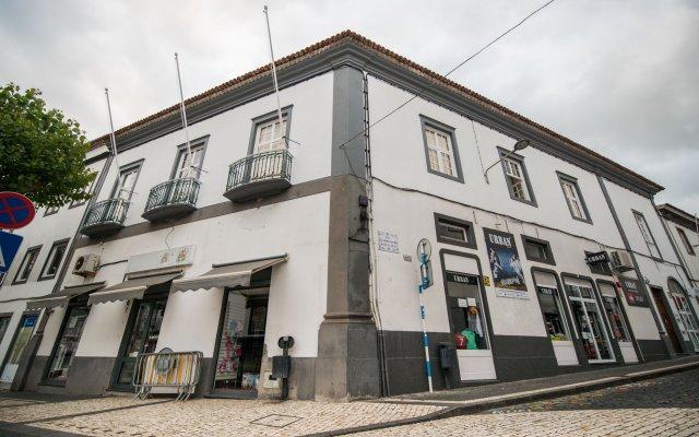 Отель Casa Ateneu Португалия, Понта-Делгада - отзывы, цены и фото номеров - забронировать отель Casa Ateneu онлайн вид на фасад
