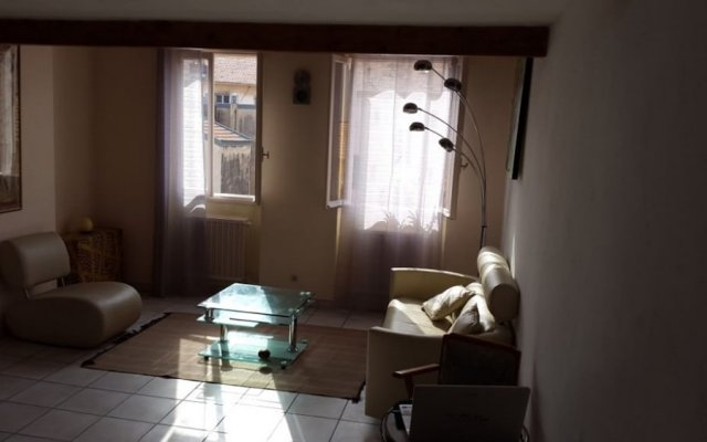 Апартаменты Apartment With one Bedroom in Nice, With Wonderful City View and Wifi комната для гостей