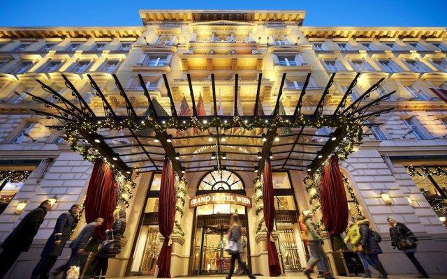 Отель Grand Hotel Wien Австрия, Вена - 9 отзывов об отеле, цены и фото номеров - забронировать отель Grand Hotel Wien онлайн вид на фасад