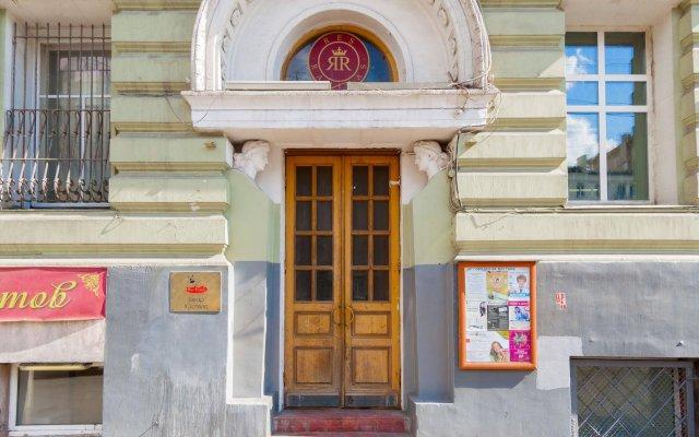 Беар хостел Маяковская вид на фасад