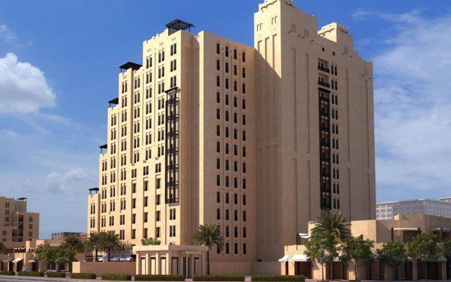 Отель Hyatt Place Dubai/Wasl District вид на фасад