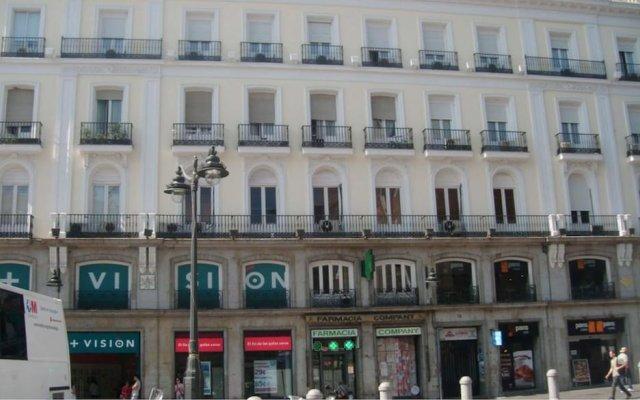 Отель Puerta del Sol Rooms Испания, Мадрид - отзывы, цены и фото номеров - забронировать отель Puerta del Sol Rooms онлайн вид на фасад