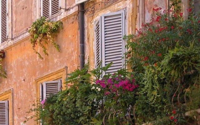 Отель Spagna Blue Suites Италия, Рим - отзывы, цены и фото номеров - забронировать отель Spagna Blue Suites онлайн вид на фасад