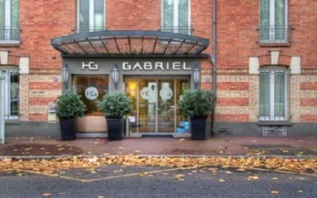 Hotel Gabriel Issy вид на фасад