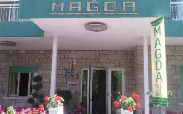 Hotel Magda Римини вид на фасад