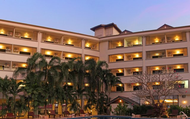 The Zen Hotel Pattaya вид на фасад