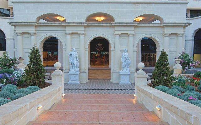 Grand Hotel Excelsior Флориана вид на фасад