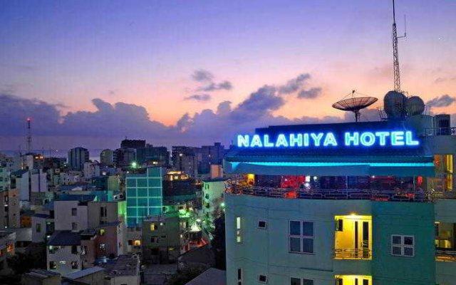 Отель Nalahiya Residence Мальдивы, Северный атолл Мале - отзывы, цены и фото номеров - забронировать отель Nalahiya Residence онлайн вид на фасад