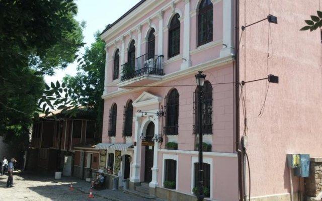 Отель Plovdiv Guesthouse Болгария, Пловдив - отзывы, цены и фото номеров - забронировать отель Plovdiv Guesthouse онлайн вид на фасад