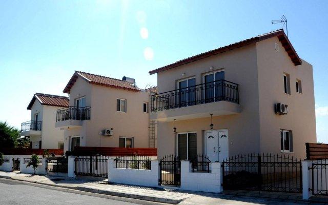 Отель Maricosta Villas Кипр, Протарас - отзывы, цены и фото номеров - забронировать отель Maricosta Villas онлайн вид на фасад
