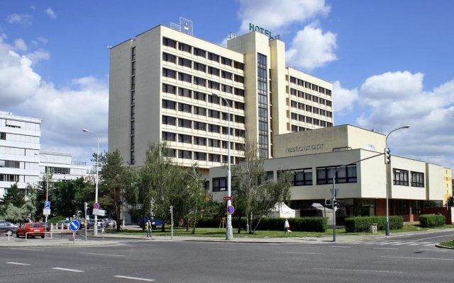 Hotel ILF вид на фасад
