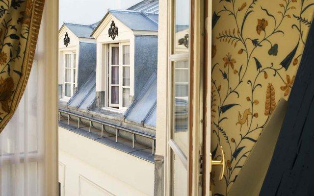 Hotel Le Relais Montmartre вид на фасад