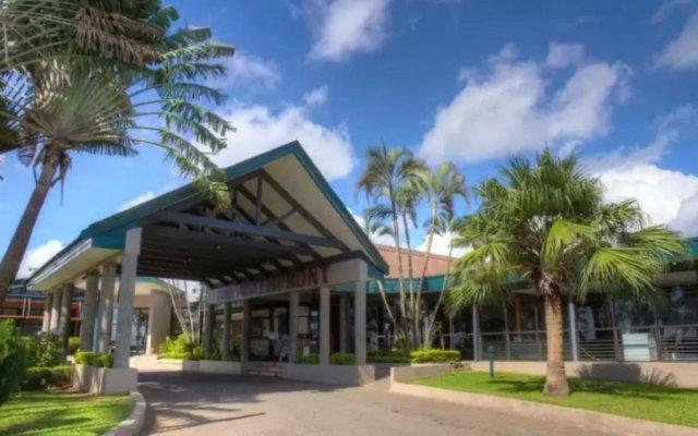Tanoa Waterfront Hotel