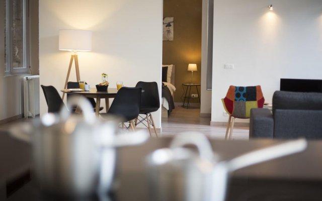 Отель Sweet Inn Apartments - Rue De L'ecuyer Бельгия, Брюссель - отзывы, цены и фото номеров - забронировать отель Sweet Inn Apartments - Rue De L'ecuyer онлайн комната для гостей