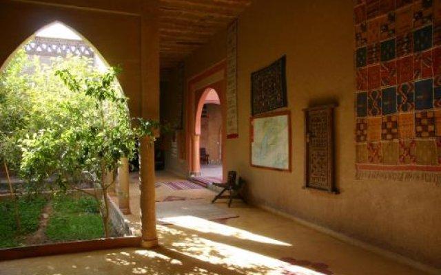 Отель Maison Merzouga Guest House Марокко, Мерзуга - отзывы, цены и фото номеров - забронировать отель Maison Merzouga Guest House онлайн вид на фасад