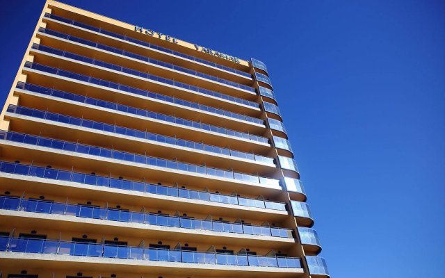 Отель Yaramar - Adults Recommended Испания, Фуэнхирола - 1 отзыв об отеле, цены и фото номеров - забронировать отель Yaramar - Adults Recommended онлайн вид на фасад