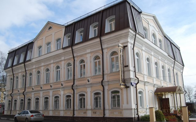 Гостиница Дворянская вид на фасад