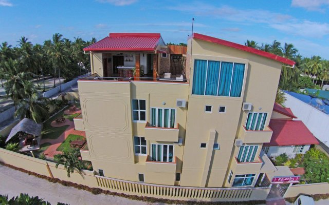 Отель Reveries Diving Village, Maldives вид на фасад