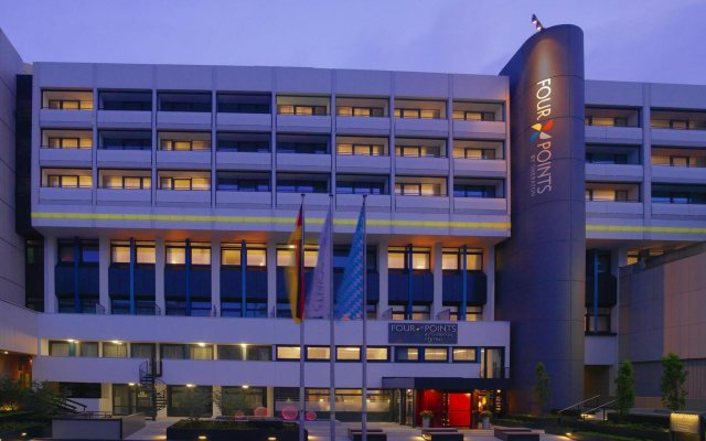 Отель Four Points By Sheraton Munich Central вид на фасад