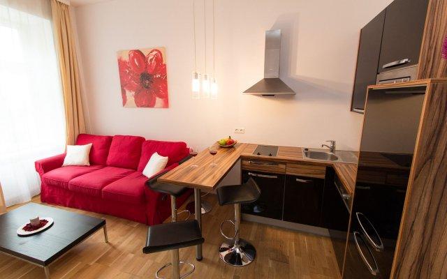 Отель CheckVienna - Apartment Steingasse Австрия, Вена - отзывы, цены и фото номеров - забронировать отель CheckVienna - Apartment Steingasse онлайн комната для гостей