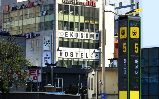 Отель Ekonomy Guesthouse Haeundae вид на фасад