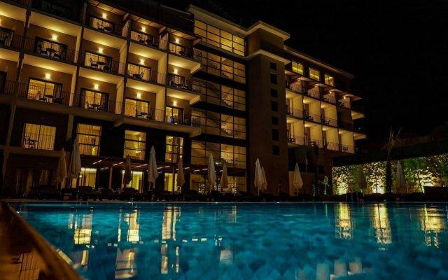 Отель Love You Чешме вид на фасад