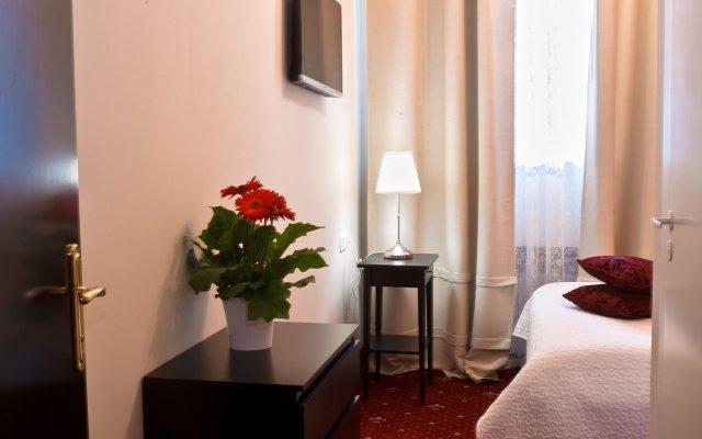 Гостиница Кроссроадс в Москве 8 отзывов об отеле, цены и фото номеров - забронировать гостиницу Кроссроадс онлайн Москва комната для гостей