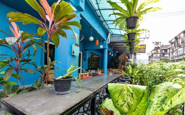 Отель BGW Phuket вид на фасад