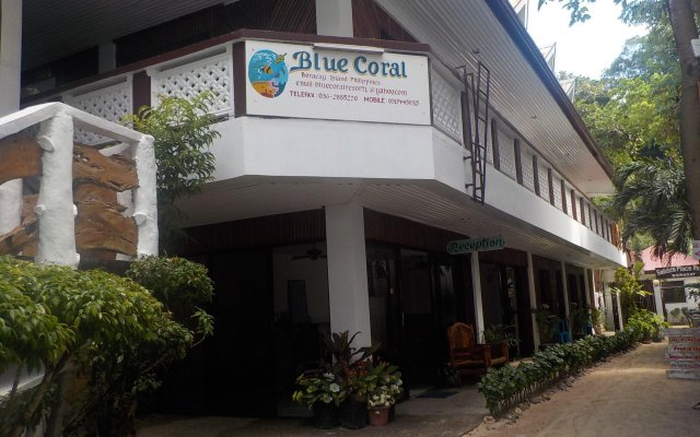 Отель Blue Coral Resort Boracay вид на фасад